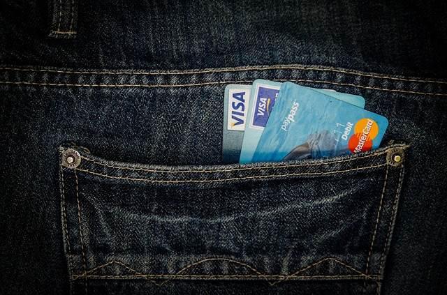 Mastercard nebo Visa